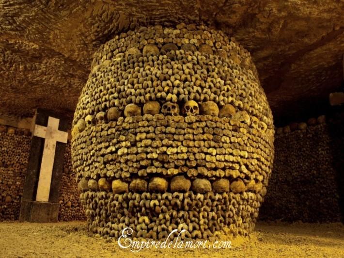 Paris_Catacombs_a-1024x768