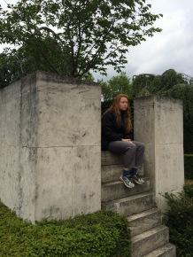 Tree pedestal